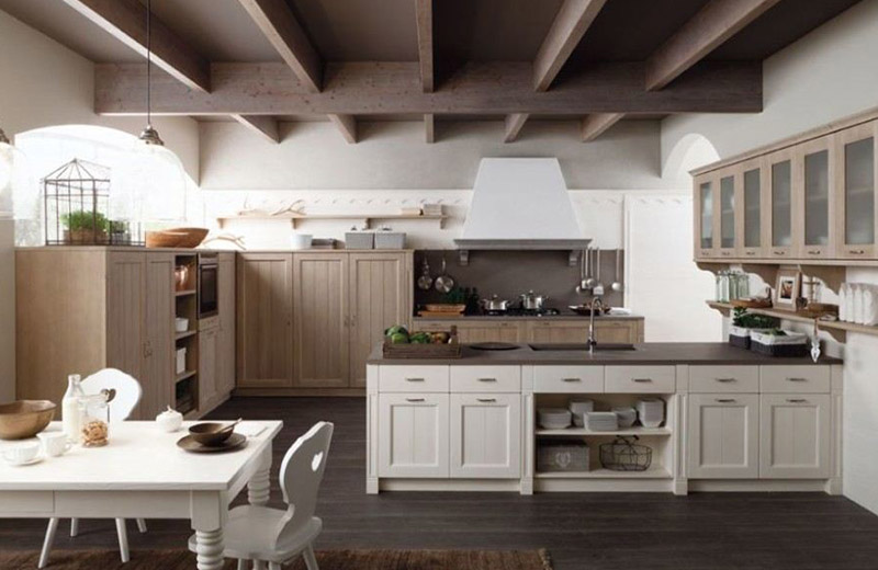 Cucine classiche e moderne all\'interno dello Showroom di ...